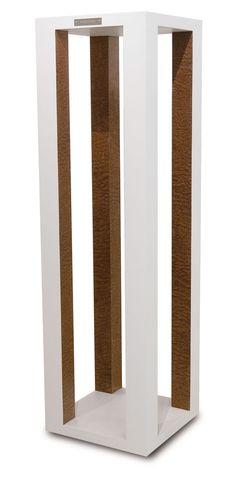 Alaska pillar by Jules & Jeremy Furniture Design Log Home Designs, Cool House Designs, Modern Interior, Home Interior Design, Exterior Design, Interior And Exterior, Home Decoration Images, Pillar Design, Best Modern House Design