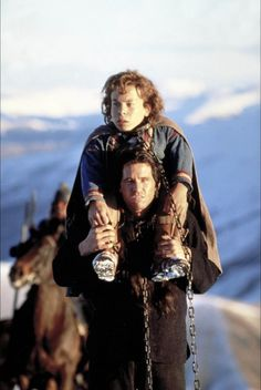 Warwick Davis & Val Kilmer in Willow - I forgot about this movie!!