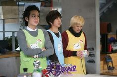 I would like to see 'em all messing around my kitchen ;)) *greedy* ~ AN.JELL boys: Tae Kyung (#JKS), Shin Woo (Jung Yong Hwa) & Jeremy (Lee Hongki) - You're beautiful #kdrama