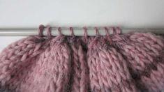 Crochet For Kids, Knit Crochet, Baby Knitting Patterns, Dusty Pink, Merino Wool Blanket, Knitted Hats, Knitwear, Shabby, Weaving