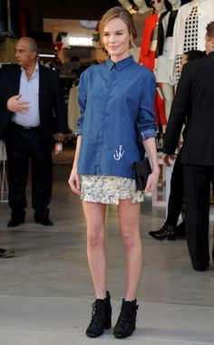 Adorable. Kate bosworth style. Denim shirt