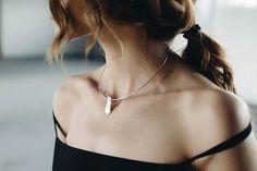 P I A T R A necklace