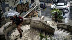 يوم ممطر في حياة سكان مدينة اسطنبول #تركيا #بيتك_في_تركيا #baytturk #turky #istanbul  #اسطنبول