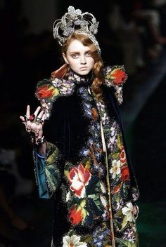 Lily Cole × Jean Paul Gaultier - Reading Over a Cup of Tea~お茶でも飲みながら~