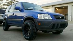 non lifted crv (basically my hopes for a daily driver