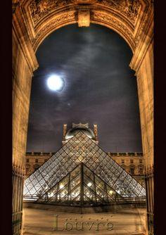 Mystic Louvre(Paris)**.