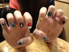 Geek nails. Perfect !