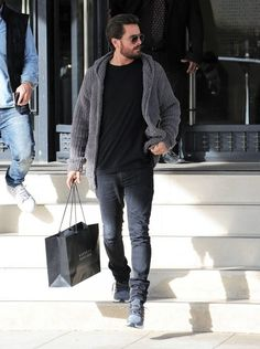 Reality star Scott Disick is spotted out shopping at Barneys New York in Beverly Hills, California on November 28, 2016. Scott enjoyed a huge family Thanksgiving with Kourtney Kardashian, their 3 kids and other family members last week.
