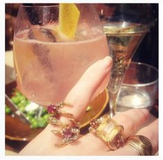 Posts about jewelry written by Noa City Style, Alcoholic Drinks, Wine, Pigeon, Glass, Jewelry, Fashion, Moda, Jewlery