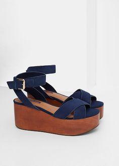 Platform strap sandals