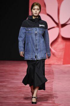 Charm's Seoul Spring 2017 Fashion Show