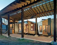 A project of the Rural Studio, Auburn University Dept. of Architecture, started by the late Samuel Mockbee, former professor there. Contemporary Architecture, Architecture Design, Rural Studio, Landscape Structure, Social Housing, Outdoor Classroom, Auburn University, Interior And Exterior, House Plans