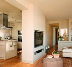 Tonuri neutre într-un penthouse din Barcelona Home Interior Design, Interior Styling, Simply Home, Home Decor Hacks, Kitchen Living, Small Apartments, Cozy House, Ideal Home, Home And Living