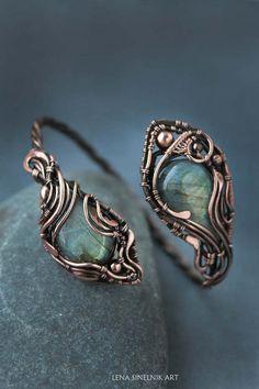 Labradorite bracelet Wire wrapped jewelry by LenaSinelnikArt