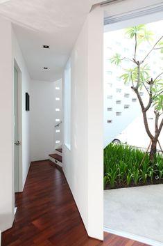 Gallery - IPCW Residence / Ivan Priatman Architecture - 6