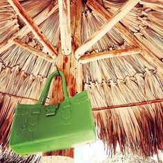 Lazy Sunday Afternoon #GreatBagCo #ModelM #Emerald #hanging #out #green #GreatBagLife // A @robertverdi Project // #GreatBag // #Swing one today! http://greatbag.co/