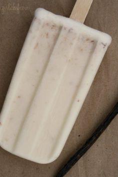 Paletas de Coco (Creamy Coconut Ice Pops) by Heather Schmitt-González Pineapple Popsicles, Coconut Popsicles, Fruit Popsicles, Frozen Desserts, Cookie Desserts, Frozen Treats, Just Desserts, Ice Pops, Summer Treats