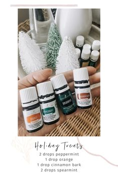 This blend makes your house smell so yummy! Holiday Treats 2 drops peppermint 1 drop orange 1 drop cinnamon bark 2 drops spearmint What is your favorite holiday treat? Best Smelling Essential Oils, Essential Oil Scents, Essential Oil Diffuser Blends, Young Living Oils, Young Living Essential Oils, Essential Oils Christmas, Yl Oils, Diffuser Recipes, Humidifier