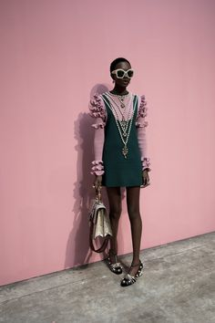 http://everythingyoulovetohate.us/post/153538807443/senyahearts-nicole-atieno-backstage-at-gucci