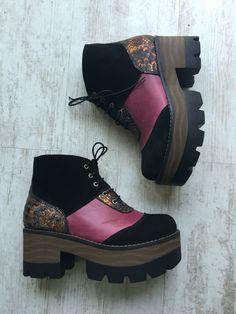 Instagram eduardozapaterotienda Shoes, Instagram, Fashion, Over Knee Socks, Women, Moda, Zapatos, Shoes Outlet, La Mode