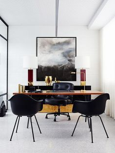 Modern home office desk. The modern home office desk helps you to do the task perfectly and create the difference in your home interior as long as you purchase the right one. Modern Office Decor, Contemporary Office, Home Office Decor, Office Furniture, Home Decor, Office Ideas, Masculine Office Decor, Contemporary Design, Modern Furniture