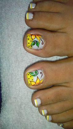 Pedicure Nail Art, Toe Nail Art, Toe Nails, Cute Pedicure Designs, Toe Nail Designs, Cute Pedicures, Seasonal Nails, Gorgeous Feet, Beauty Hacks