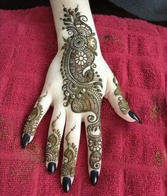 Do you love Mehndi Designs, These latest and updated 60 easy mehndi designs for eid 2017 will surely impress you? It contains all kind Arabic mehndi designs Arabic Henna Designs, Mehndi Designs For Girls, Unique Mehndi Designs, Beautiful Henna Designs, Beautiful Mehndi, Simple Mehndi Designs, Henna Tattoo Designs, Mehandi Designs, Henna Tattoos