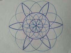 Pro tuto mandalu jsou důležité rozměry. Malý kruh - 2.1, střední kruh - 4.5 cm.