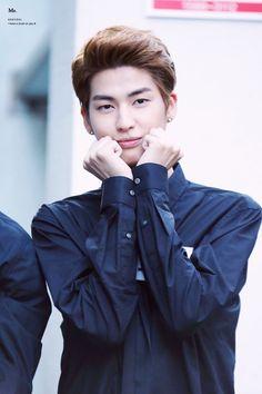 Stop being cute Kogyeol you're cute already Korean K Pop, Fandom, Youre Cute, Korean Celebrities, Kpop Boy, Korean Boy Bands, Girls Generation, Pop Group, Pretty Pictures