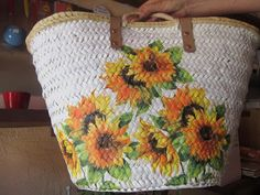 Decoupage, Painted Bags, Hand Painted, Eco Friendly Bags, Basket Bag, New Bag, Bag Making, Decoration, Straw Bag