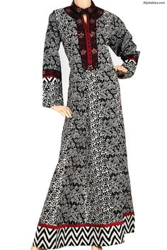 """""""Coralline"""" Cotton patterned kaftan with machine embroidery on chest (N-11782-1) -"""
