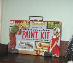 Vintage Children's Paint Kit in Box .   Not for product but feel /colour?