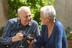 Reducing your risk of heart attack through moderate drinking. #health #heartattack