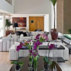 Modernas e encantadoras     Para quem está em dúvida em que cor apostar na decoração das salas, vai amar essas maravilhosas inspirações!...