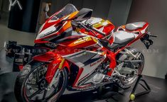 Honda-all-new-CBR250RR-2017-25