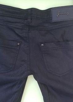 Kup mój przedmiot na #vintedpl http://www.vinted.pl/damska-odziez/rurki/14434113-spodnie-czarne-jak-woskowane-stradivarius-roz-34-xs-zameczki