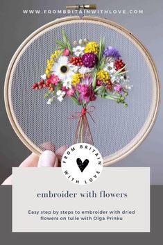 How to make embroidery hoop art with dried flowers. Olga Prinku shares her simple step by step DIY tutorial to create your own alphabet initial hoop with hydrangea, eucalyptus, mimosa and spring flowers. Click through for other stunning ideas you'll love to try too #embroideryhoop #embroideryhoopart #driedflowers #frombritainwithlove #olgaprinku #DIY #tutorial #howtomake #embroideryhoopcraft #iinitial Willow Weaving, Basket Weaving, Embroidery Hoop Crafts, Hydrangea Not Blooming, Creative Workshop, Felted Slippers, Craft Tutorials, Dried Flowers, Spring Flowers