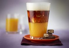 Give yourself the gift of an exotic indulgence with this recipe for Tropical Mango Coffee. The infusion of island flavors and rich Nespresso Grand Cru make this iced coffee drink something worth savoring. Espresso Coffee, Iced Coffee, Coffee Drinks, Coffee Geek, Coffee Pods, Coffee Beans, Tropical, Machine Nespresso, No Bake Desserts