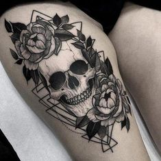 Small tattoos with meaning symbols signs tatoo luxury christian tattoo ideas and inspiration – www. Skull Thigh Tattoos, Tatto Skull, Skull Rose Tattoos, Feminine Skull Tattoos, Skull Tattoo Flowers, Small Skull Tattoo, Flower Skull, Sexy Tattoos, Body Art Tattoos