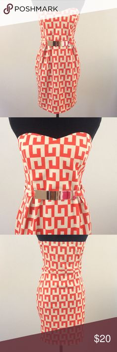 Strapless Greek Key Print Dress 96% polyester 4% spandex. Includes bra padding. Gold belt is attached and is sewn in on the sides. No zipper, just spandex! Never worn. Noble U Dresses Strapless