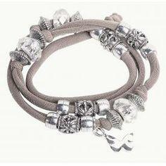 DIY: Lycra-Band, Armband, Bracelets http://www.vbs-hobby.com/de/kaufen/lycra-band-60415/vcode-29.html?aff=8539