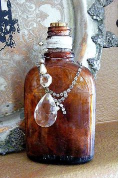 ❥ antique bottle, crystal, and silver tray