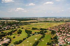 Golf de Bussy-Guermantes, Seine-et-Marne, Île-de-France, France. Vidéo aérienne sur FlyOverGreen / Aerial video on FlyOverGreen