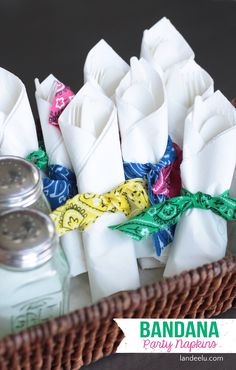 "Bandana Summer  Party Napkin ""Rings"" EASY TUTORIAL | landeelu.com"