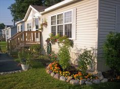 mobile home decorating ideas - lots of great ideas for the walls and to add architectural designs!