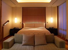 Curtain Ideas: Japan style curtain and louvers Original look, beauty and functionalism make Japan curtain and baffles fine variant for any interior, especially it is actual variant for creating eastern style. Lavazza Coffee Machine, Peninsula Tokyo, Tv In Bathroom, Japan Fashion, Cool Rooms, Nice View, Functionalism, Japan Style, Curtain Ideas