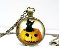 Black Cat & Pumpkin Necklace – Halloween Jewelry by:-Lizabettas