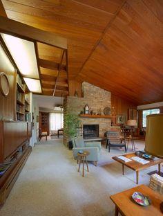 Mid Century modern design Carter Williams. Gorgeous living room