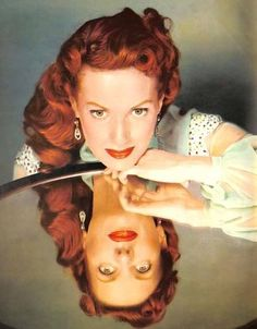 Enthusiast of Classic Movie , Hollywood Star , History , Antique , Art and The Ancient World Golden Age Of Hollywood, Vintage Hollywood, Hollywood Glamour, Hollywood Stars, Classic Hollywood, Hollywood Divas, Classic Actresses, Classic Movies, Maureen O'hara