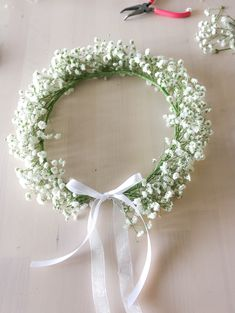 Babies Breath Flower Crown Made with Real Baby's Breath Flowers / Dried Baby's Breath Floral Halo / Photo props Rustic Crown/ Best Seller Baby Breath Flower Crown, Diy Flower Crown, Babys Breath Flowers, Floral Crown, Flower Girl Hairstyles, Crown Hairstyles, Our Wedding, Dream Wedding, Fall Wedding